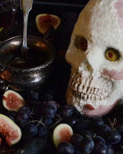 Halloween cheese skull